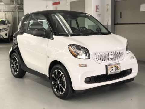 Pre-Owned 2017 smart fortwo fortwo coupe